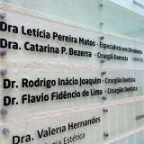 placas informativas para condomínio Faria Lima